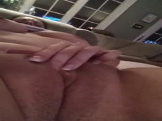Intense Clit Rubbing Leads to Beautiful Orgasm