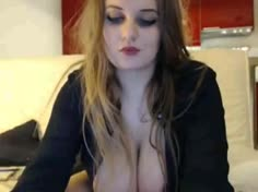 Curvy Big Tits Webcam Blond Teaser