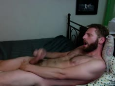 Str8 Italian Guy in Bed