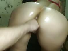 la mano en el culo
