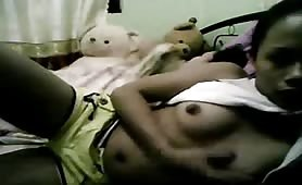 Teen Filipina Show Her Body Part-2