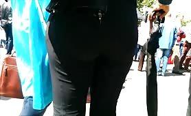 Big butt milf in sweat pants