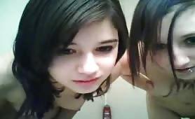 2 Hot Girls Showering Together