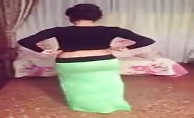 Non Nude Indian Desi Teen Girl Belly Dance Shaking Ass