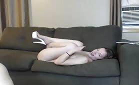 Hot Teen Fingering Pussy