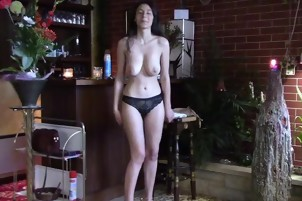 SHY GIRLFRIEND STRIPPING DOWN